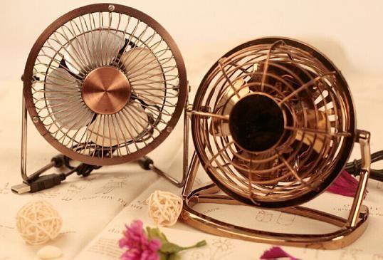 扇風機を賢く使って暑さを快適に