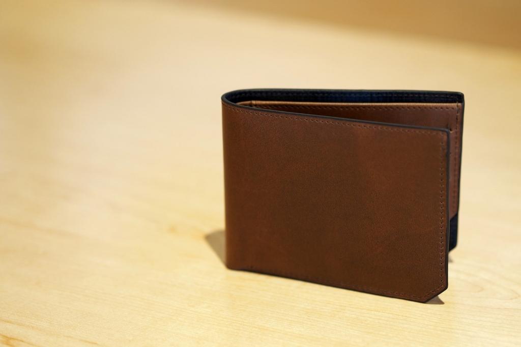 富裕層の財布にはレシートが入っていない