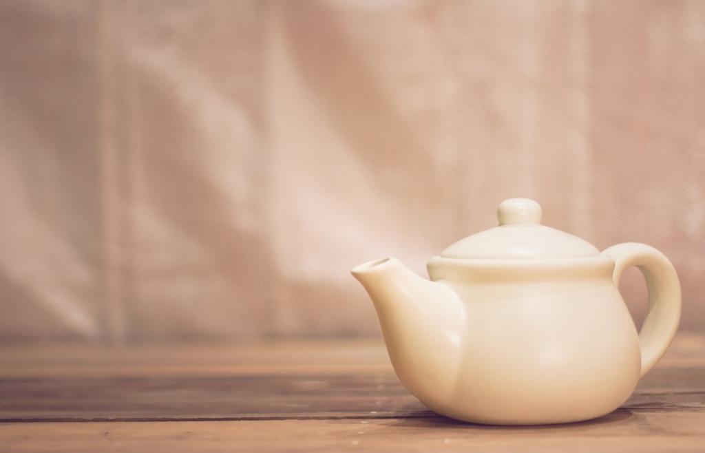 麦茶を飲むと胃を保護できる