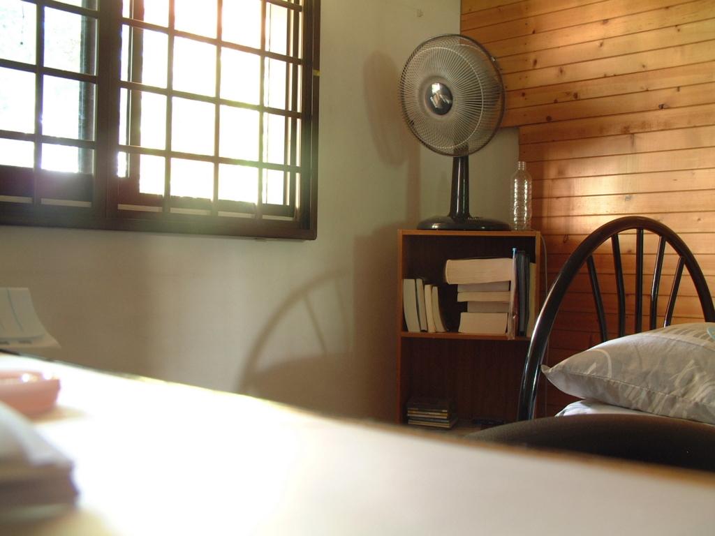 夜中のエアコン・扇風機の正しい使い方