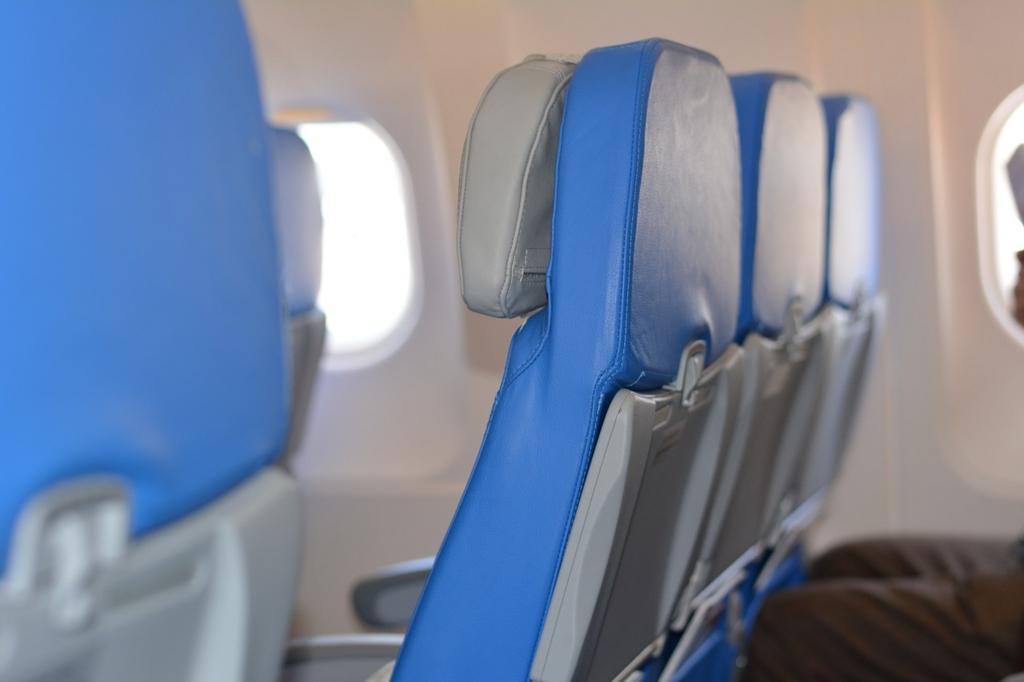 飛行機のエコノミークラスの機内食は美味しくない