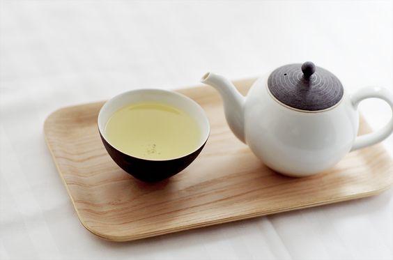 茶系の飲み物で水分補給すると健康効果もある