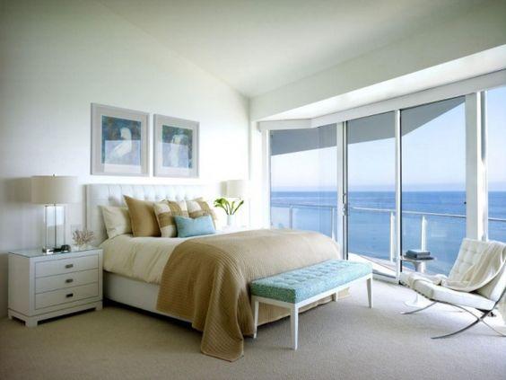 寝室をブルーでコーディネートして快眠