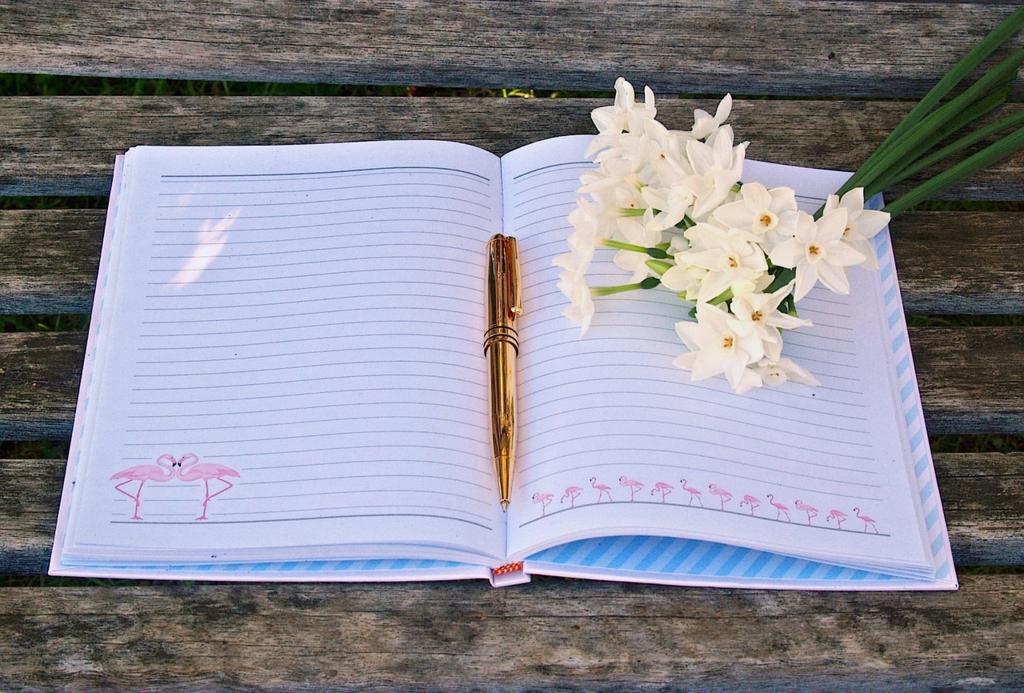 日記をつけると感情や気持ちがはっきりする