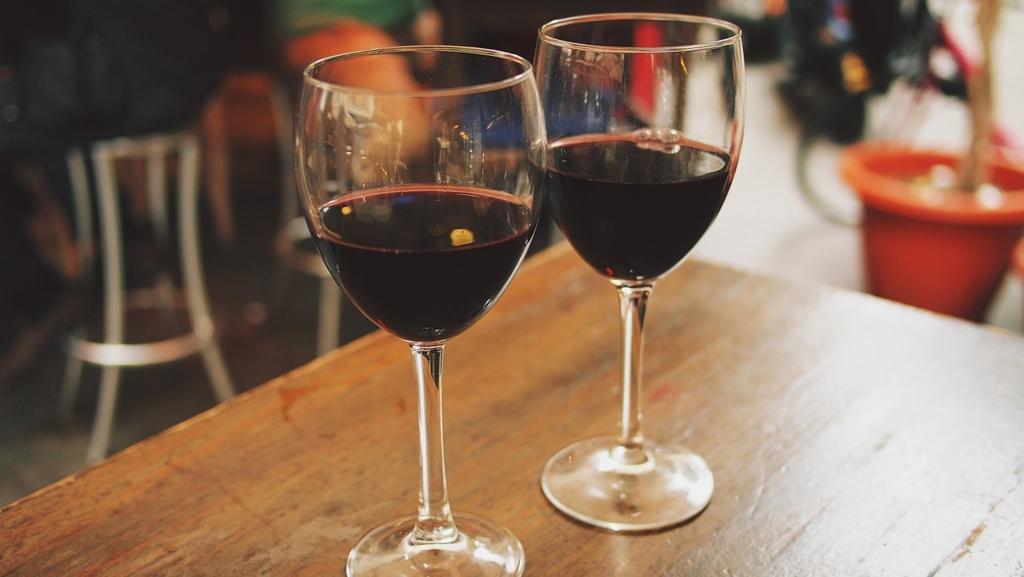 wワインを美味しく正しい飲む順序