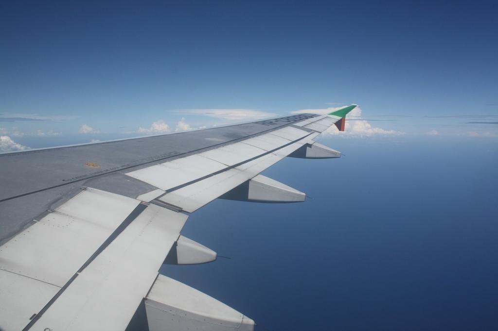 飛行機内では気圧の変化で脳が正常に働かない