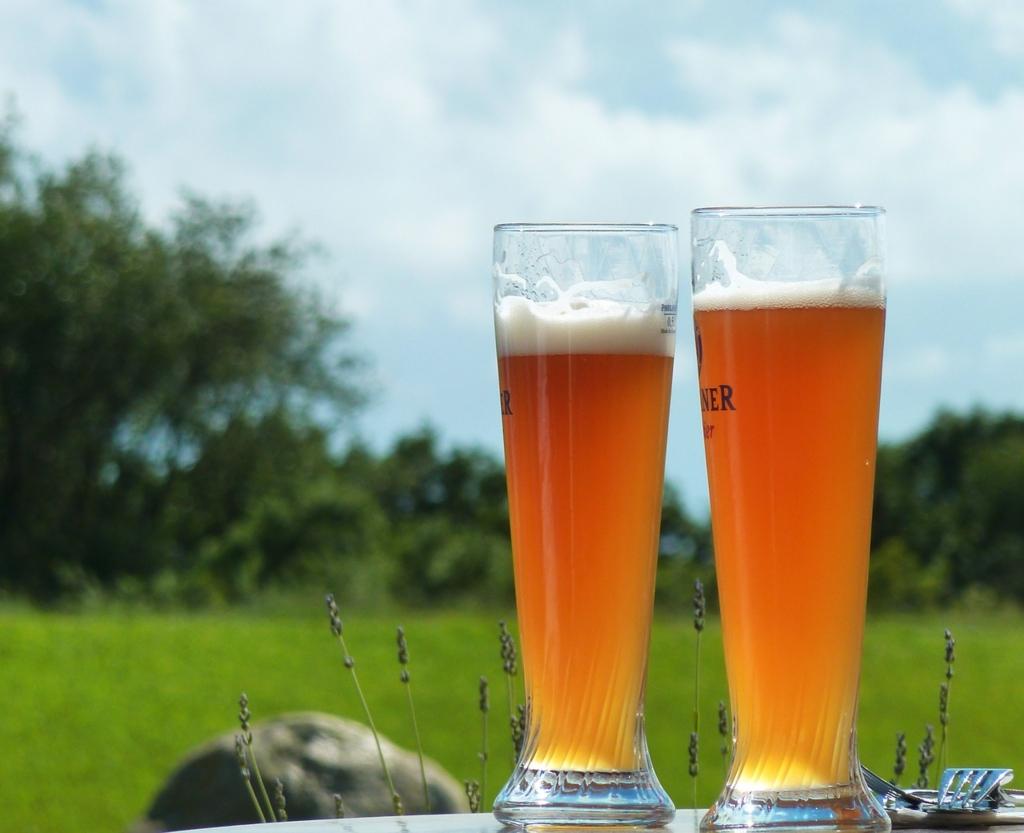 常温のビールやジュースを素早く冷やす方法