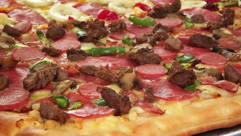 肉類の具を使っているピザは太りやすい