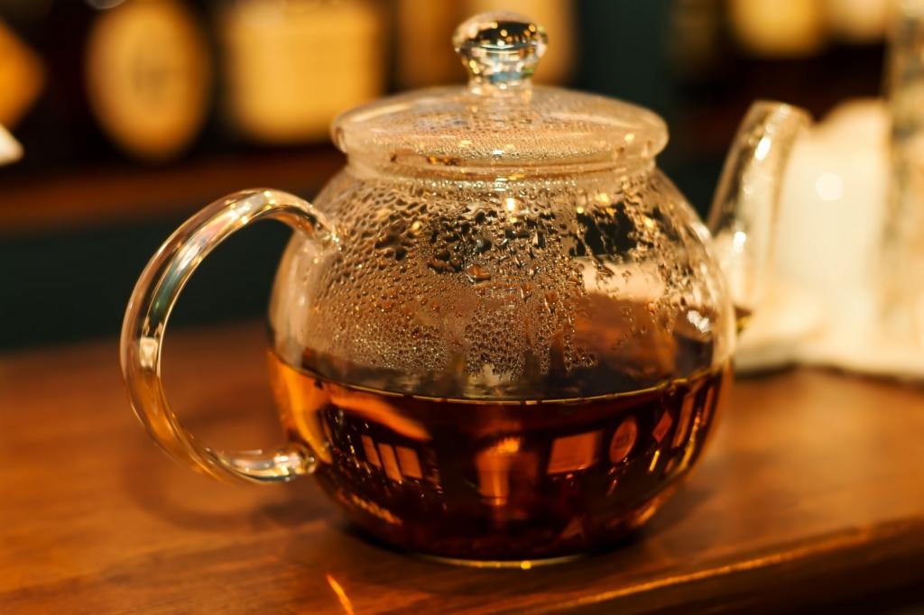 紅茶は朝に飲んではいけない飲み物