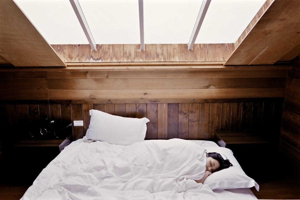 白髪にならないために睡眠時間を確保する