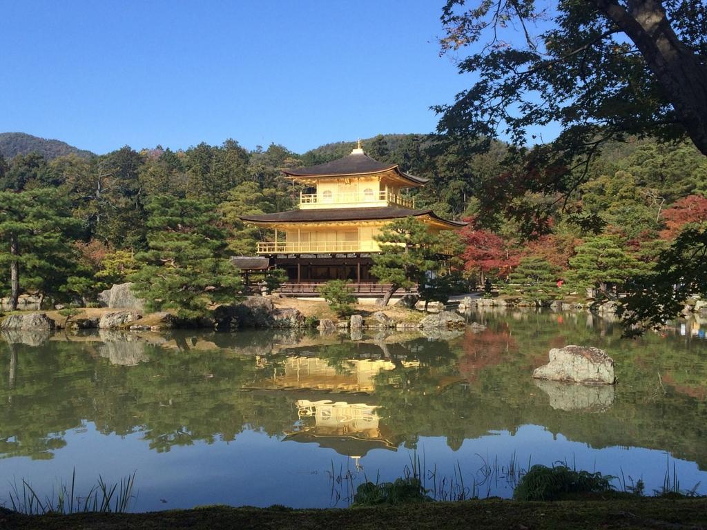 観光シーズンの京都の混雑を避けるにはホテルを朝早く出る