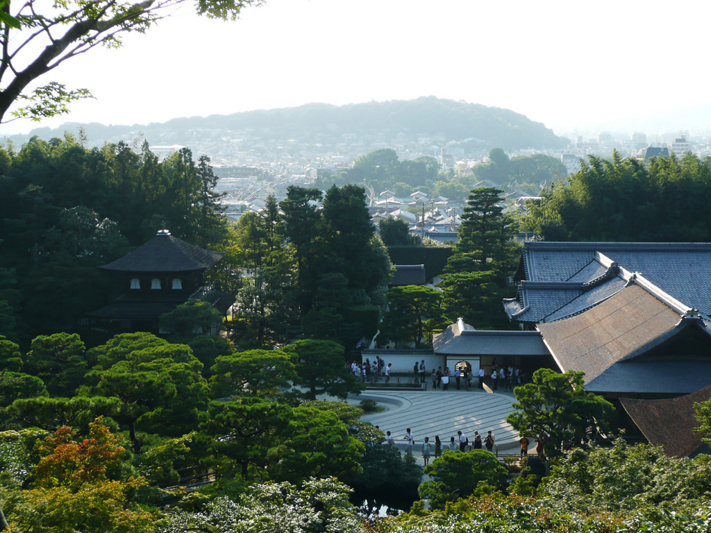 京都の幻の観光名所銅閣寺