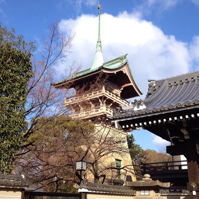 銅閣寺は京都の大富豪が建立する