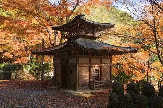 愛宕念仏寺は京都のおすすめ穴場紅葉スポット