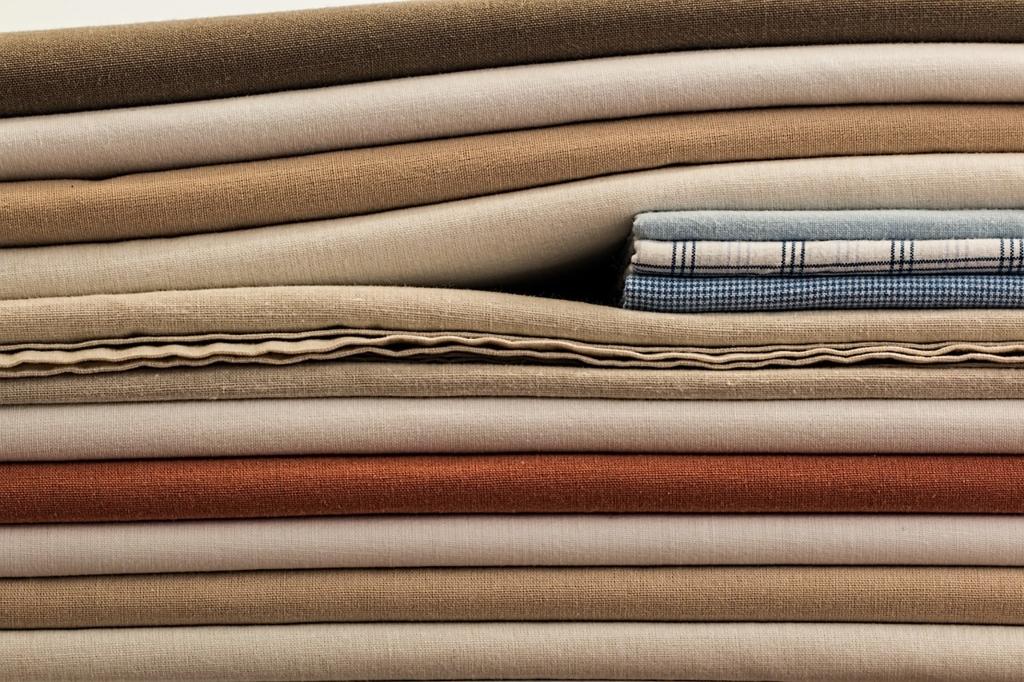 寒い季節にあたたかく眠るために毛布の特性を知っておく