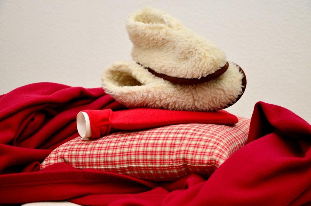 寒い季節にいつもの寝具であたたかく眠るコツ