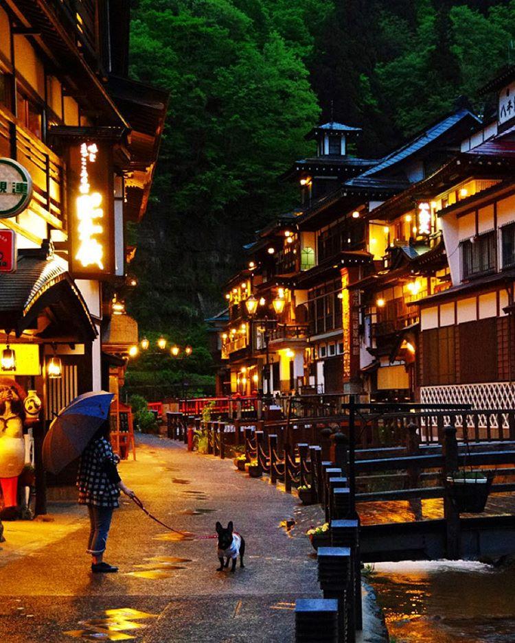 山形県の銀山温泉は冬の旅行におすすめ