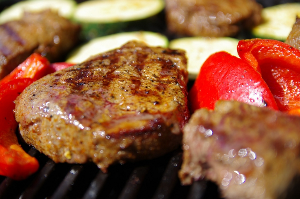 ダイエットのためにお肉は脂を落とす調理方法で食べる
