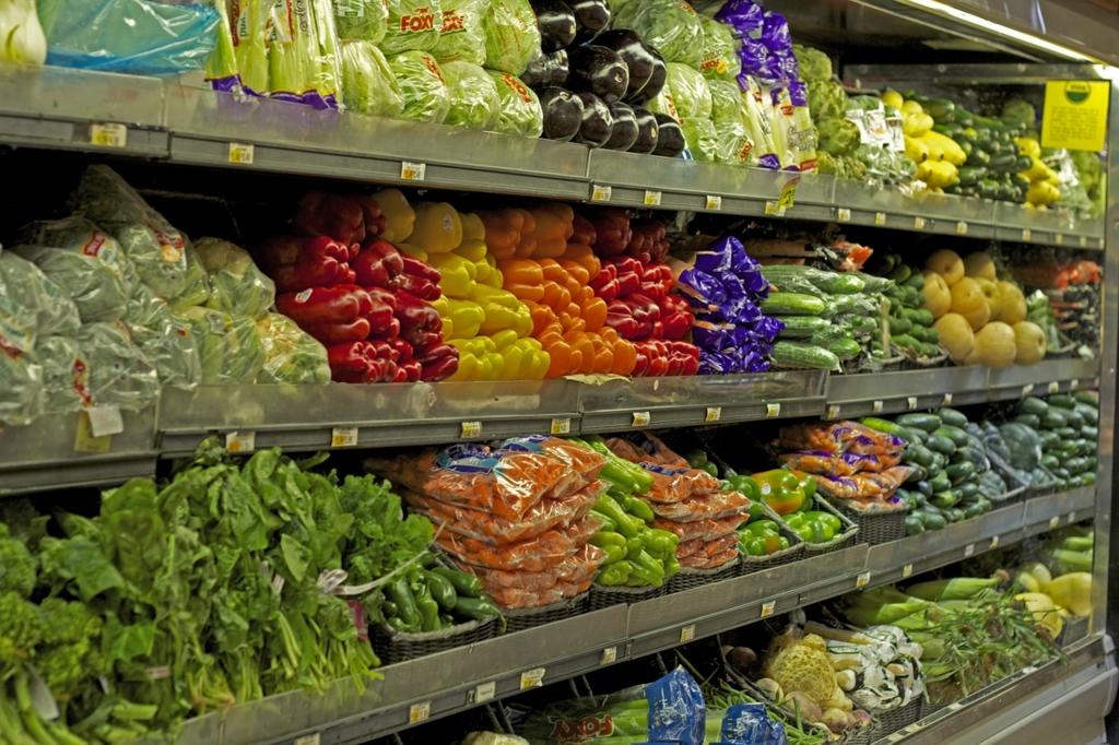賞味期限切れの商品が置いてあるスーパーには行ってはいけない