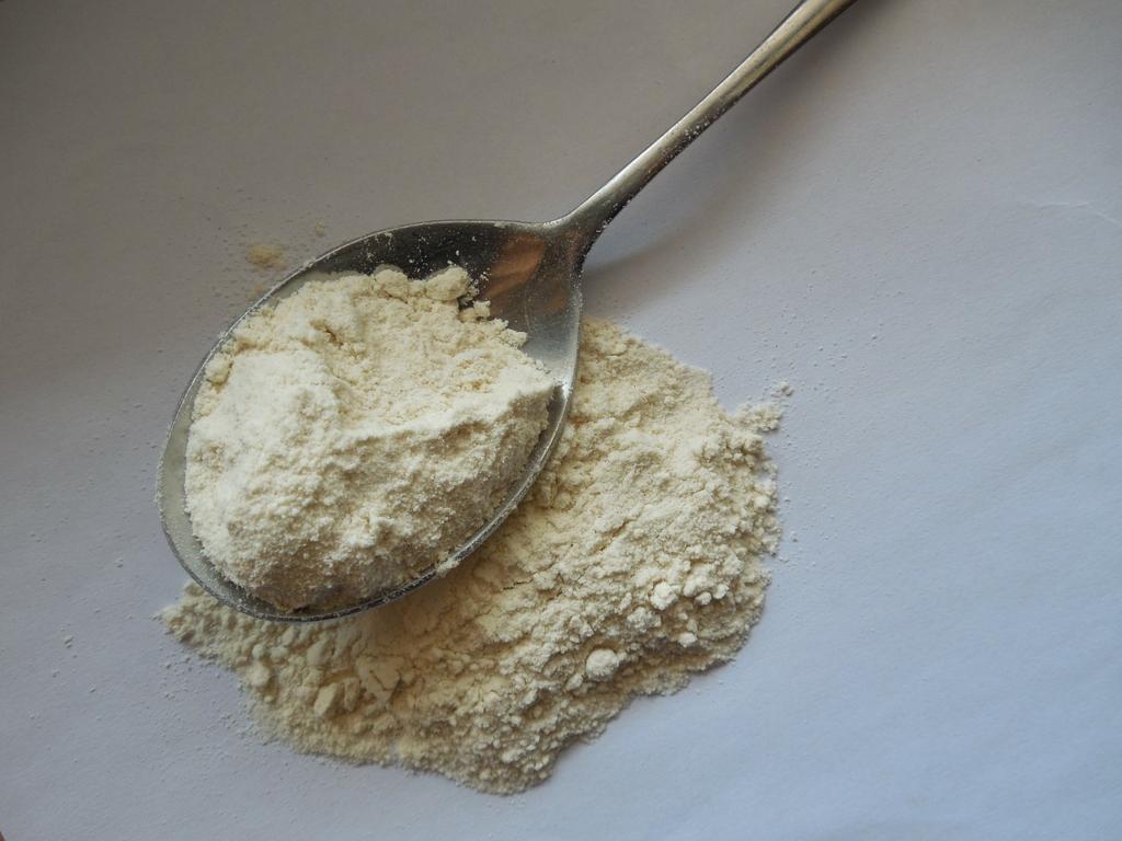 花粉症の人は小麦を食べてはいけない