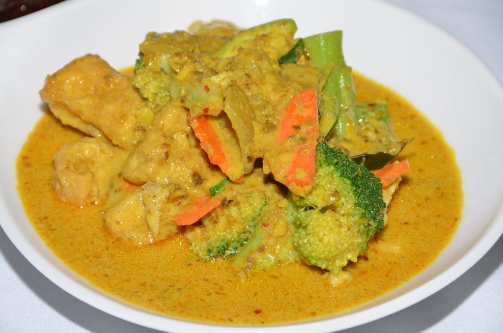 ダイエット中のカレーはインド料理店で食べる