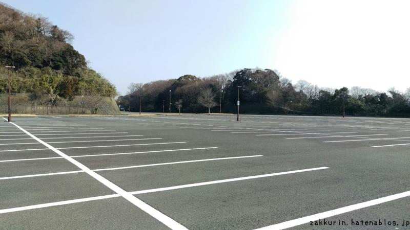 金沢動物園駐車場