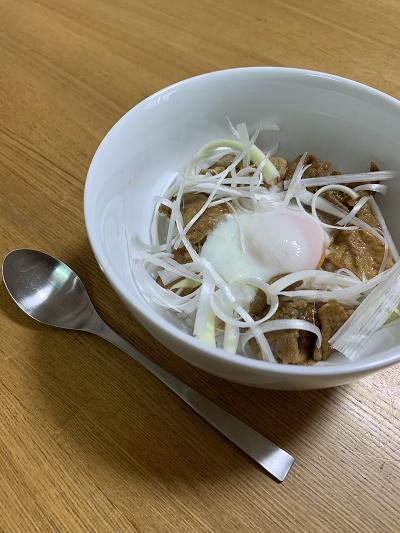 簡単ランチ 豚丼 甜麺醤 中華風