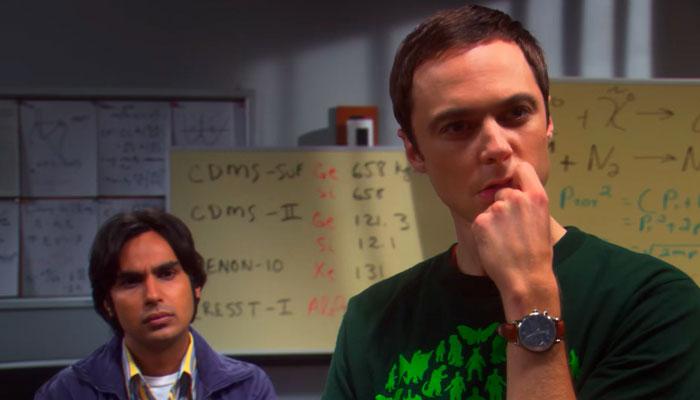 『ビッグバン★セオリー』で、シェルドンとラジが難問に取り掛かる