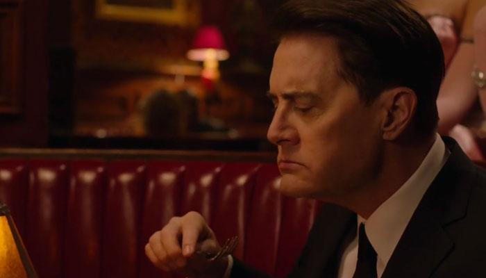 『ツイン・ピークス』で、クーパー捜査官はパイに舌鼓を打つ