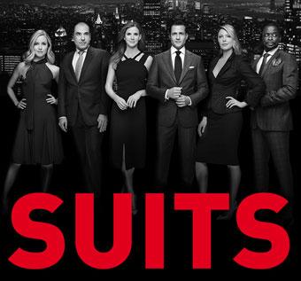 『SUITS/スーツ』のポスター
