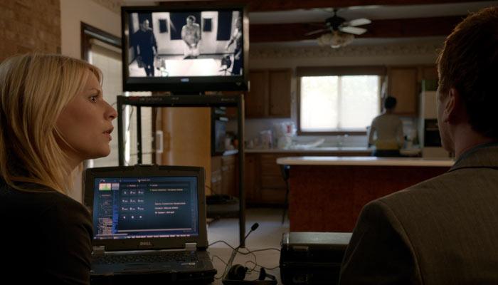 『HOMELAND(ホームランド)』で、ブロディは自分を拷問した男に敵意を見せる