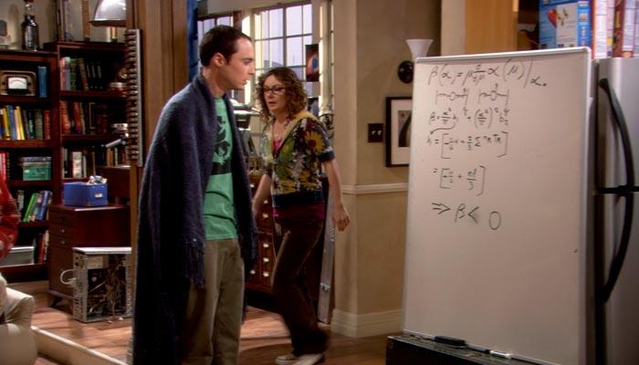 『ビッグバン★セオリー』で、レズリーはレナードと一夜を共にし、部屋から出てくる