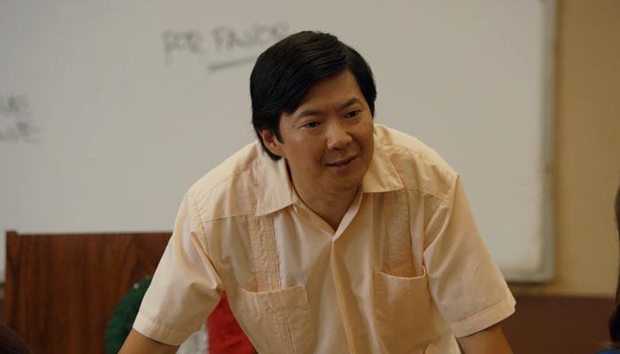 『コミ・カレ!!』で、スペイン語を教えるチャン先生