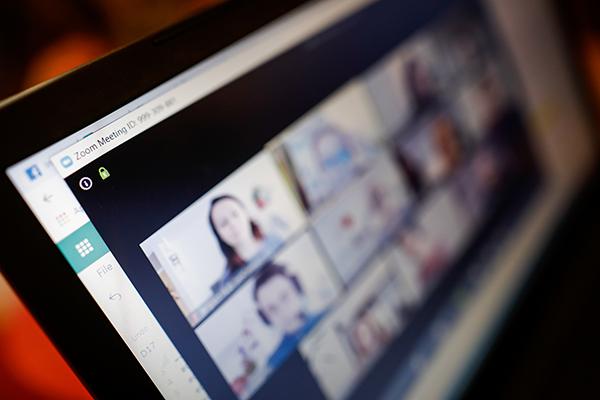 テレワークのコミュニケーションを支えるオンラインミーティングツール3選