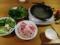 パクチや三つ葉、青梗菜等のナンプラー鍋