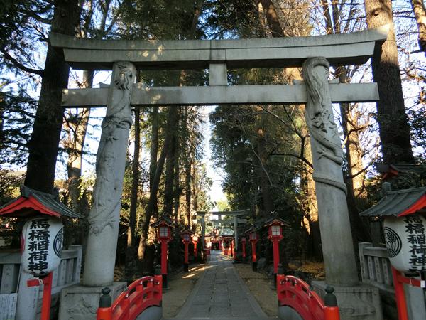 馬橋稲荷神社の双龍鳥居