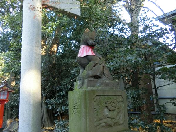 馬橋稲荷神社の右の狐