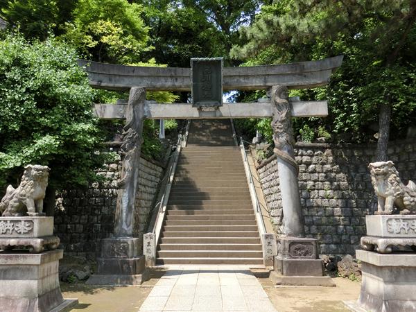 品川神社の双龍鳥居