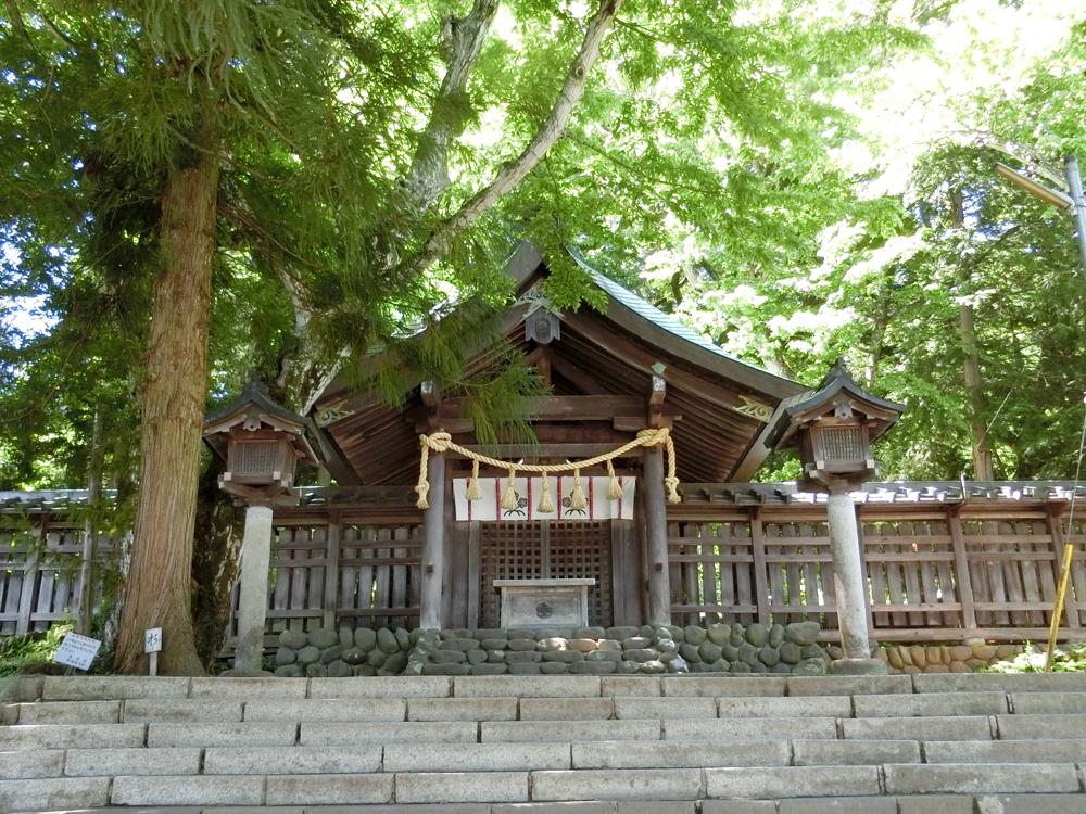 諏訪大社前宮の紹介