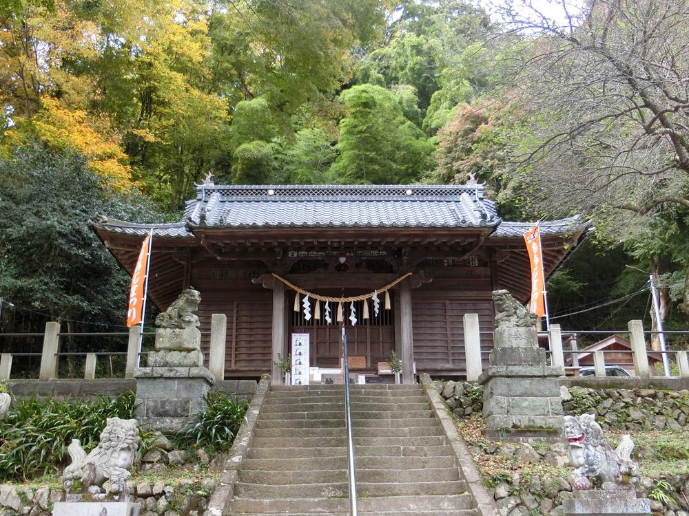 高尾氷川神社の紹介