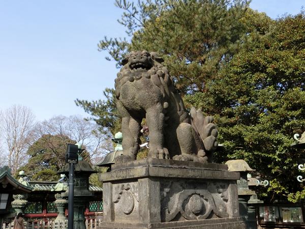 上野東照宮の右の狛犬