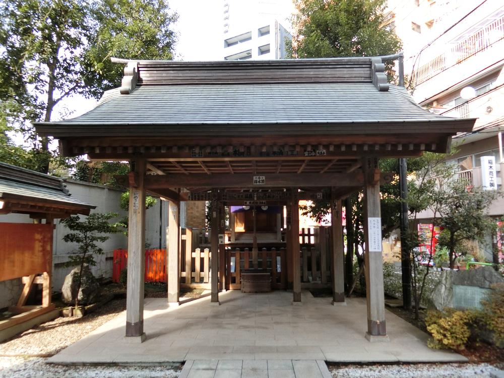 境稲荷神社の紹介