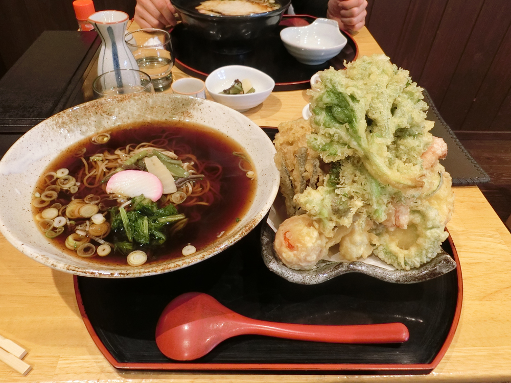 長瀞たじまの天ぷら蕎麦