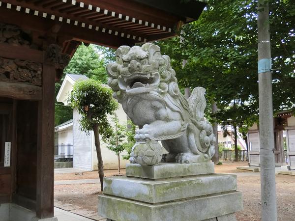 小野神社の右の狛犬