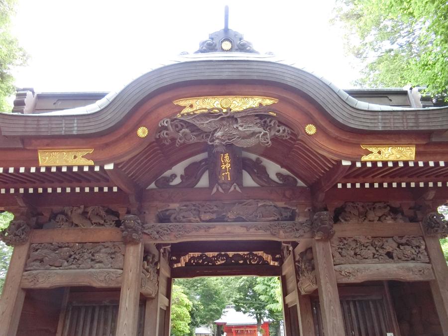 小野神社の隋神門