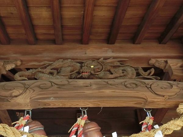 弦巻神社の彫刻