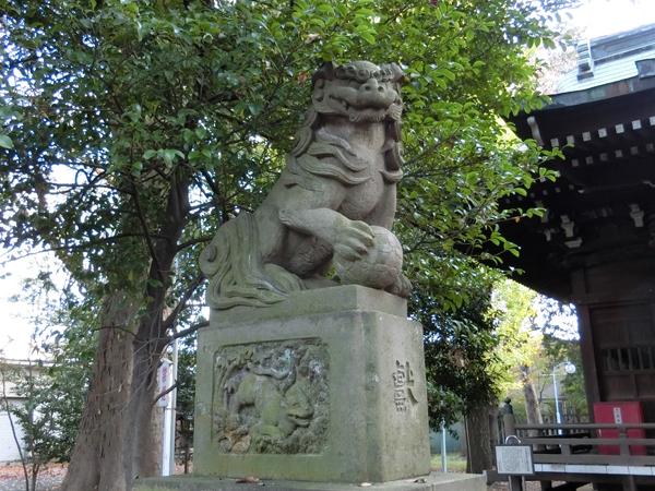 上石原若宮八幡神社の左の狛犬