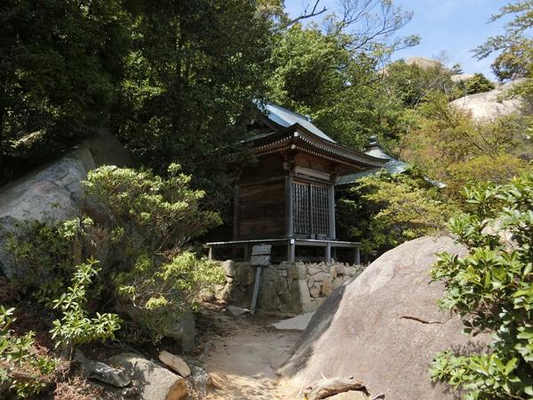 弥山にある観音堂