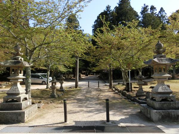 大元神社の入口