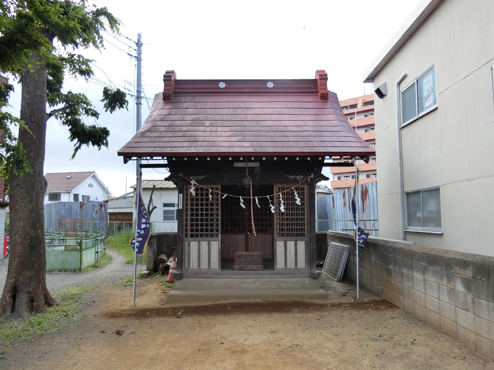 稲城市矢野口にある白山神社の紹介